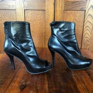 Donald J Pliner Peep-toe Stiletto Black Boots 6.5